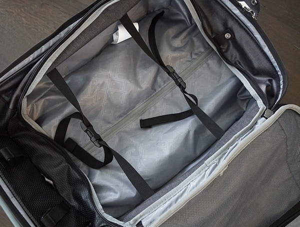 Interior Compartment With Compression Straps Eagle Creek Morphus International Carry On