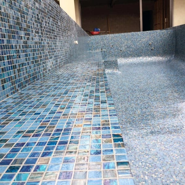 Delicieux Iridescent Magnificent Pool Tile Design Ideas