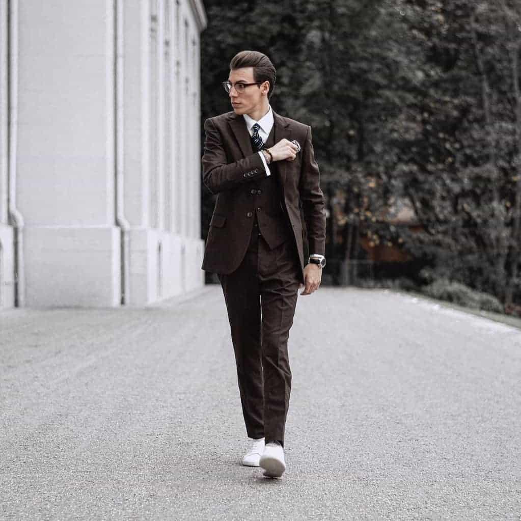 Italian Style Mens Suit
