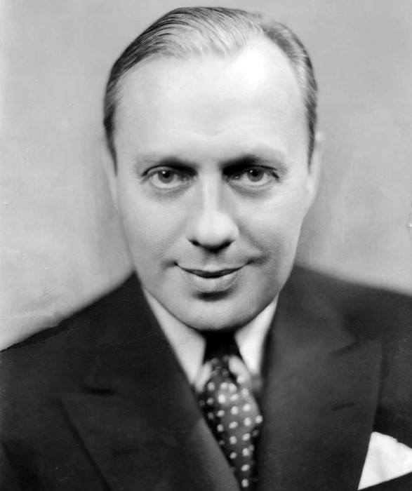 Jack Benny Short Length Comb Over 1930s Haircut