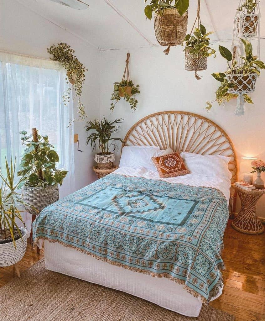 jungle inspired boho bedroom ideas jade_elise_collins