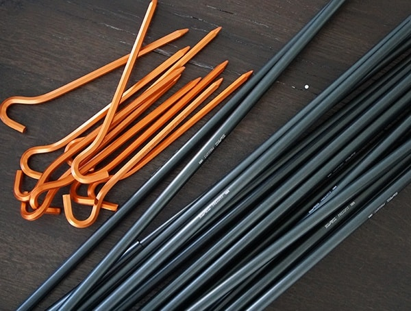 Kelty Outfitter Pro 3 Tent Stakes With Oversized Poles
