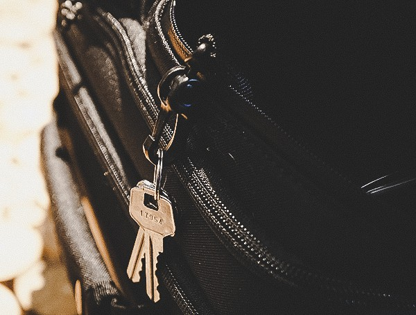 Key Clip Attachement Feature Ogio Alpha Convy 522s Travel Bag Reviewed