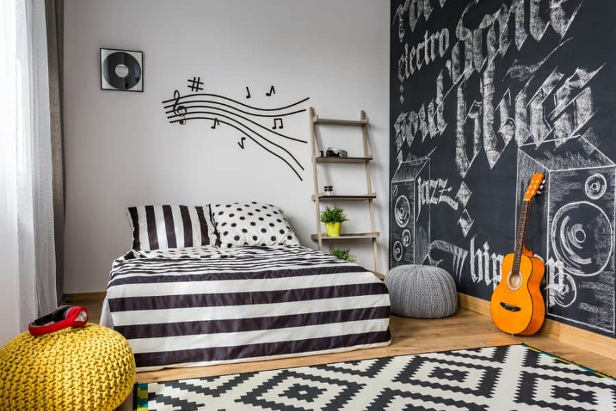kids and teens black and white bedroom theme 3
