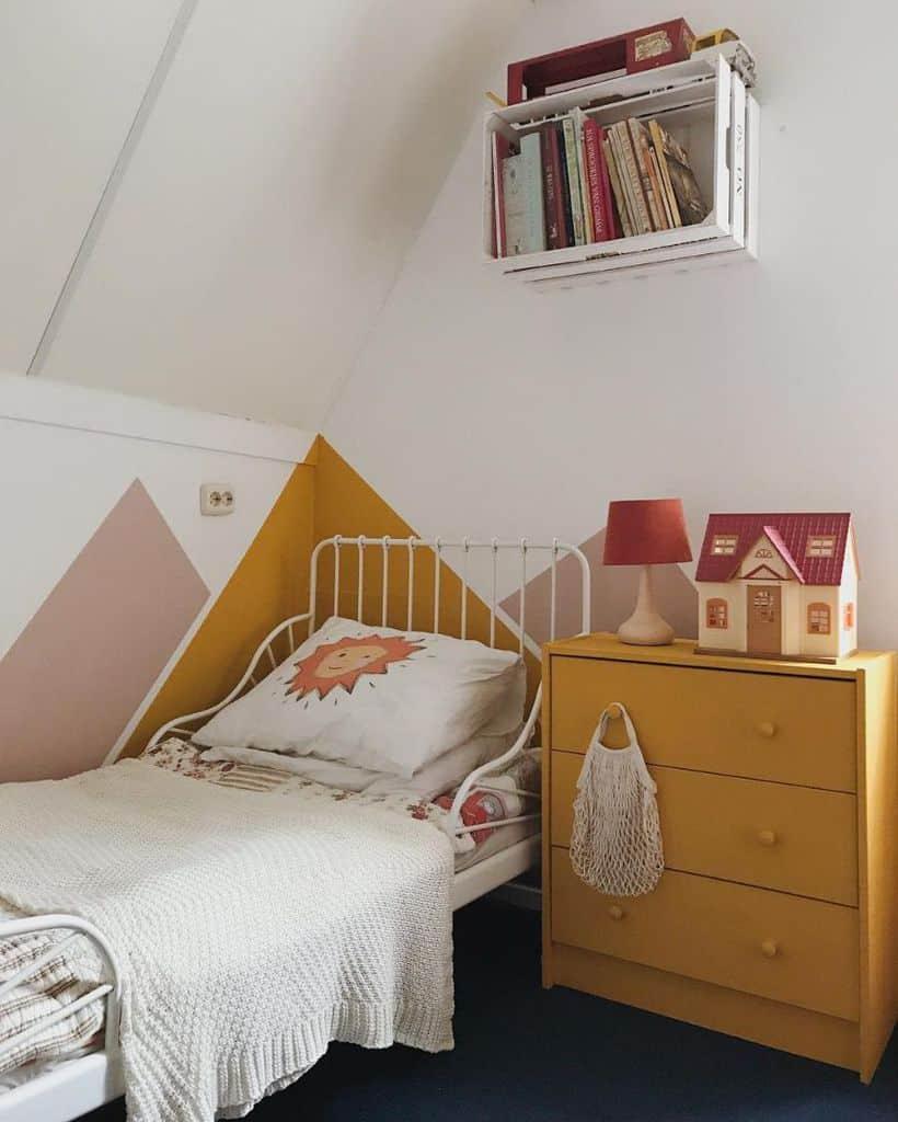 kids yellow bedroom ideas krommezolder