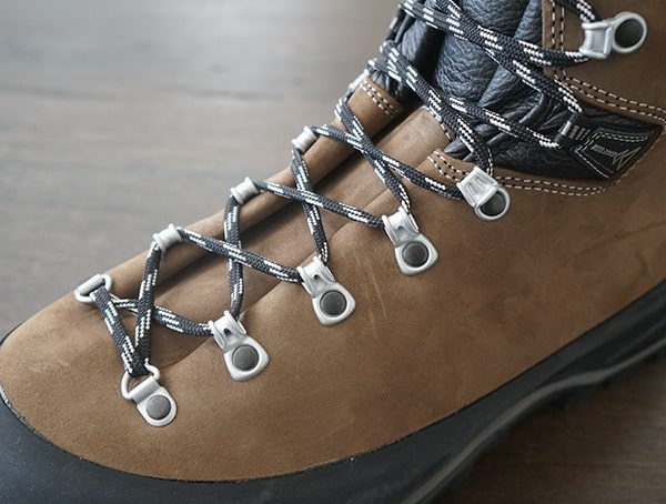 Laces With Metal Hardware And Alveolon Footbed Mens Garmont Dakota Lite Gtx Boot