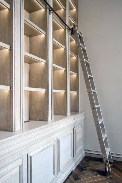 Ladder Bookshelf Decorating Ideas