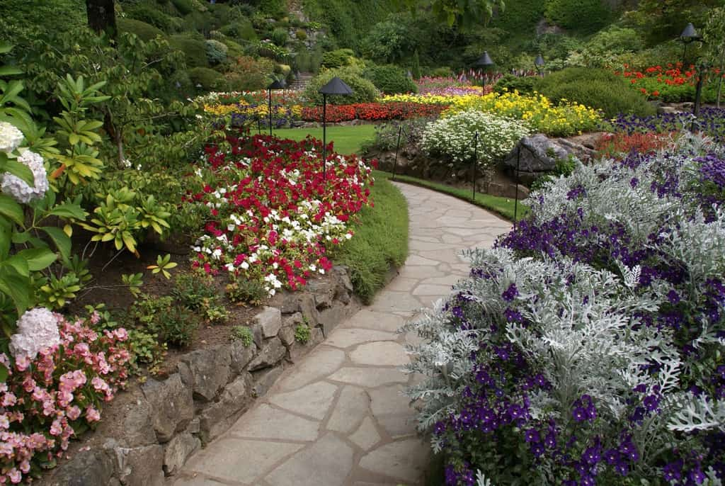 landscaped flower garden ideas 2
