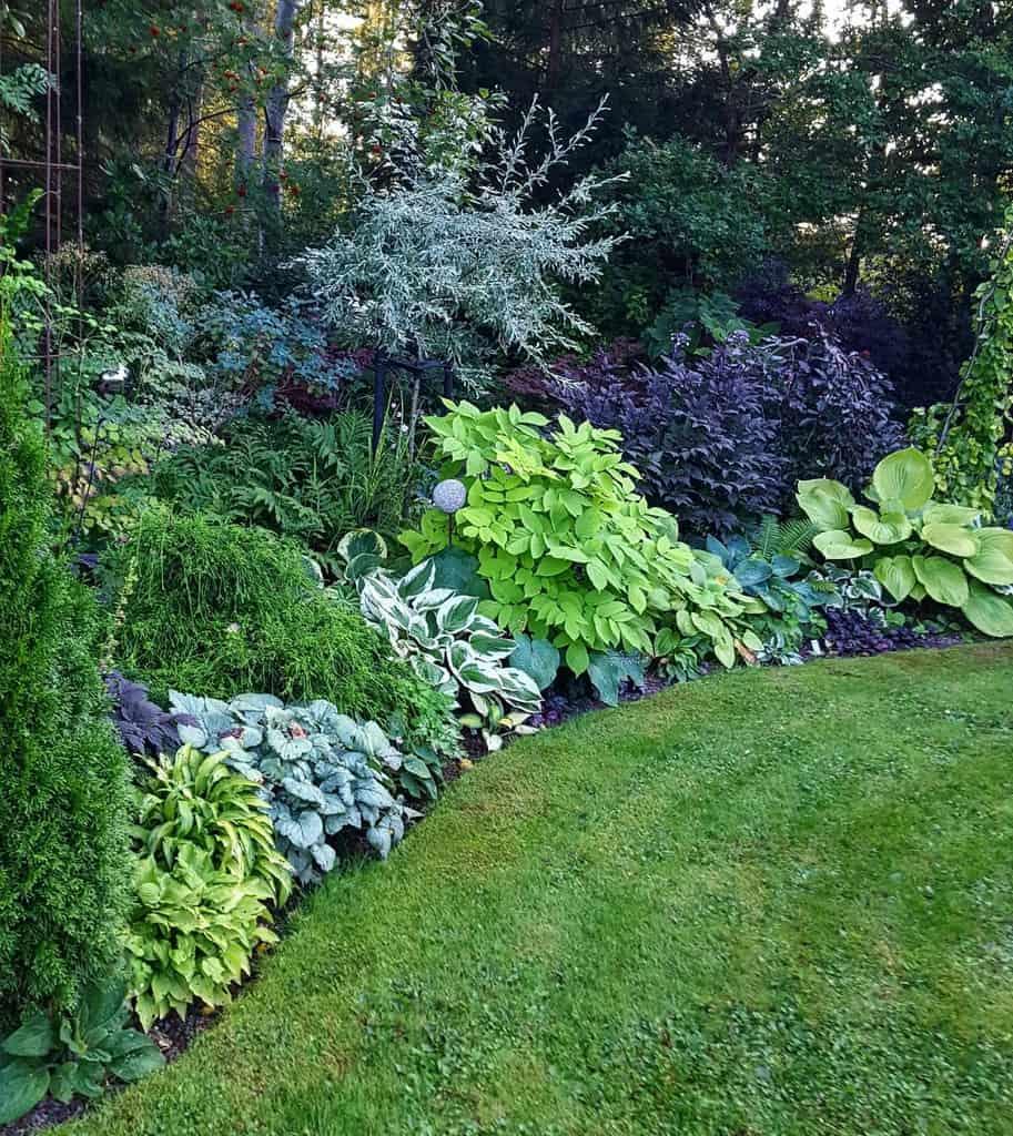 landscaped shade garden ideas 2 helena.karlanda