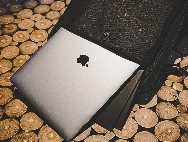 Laptop Compartment Ogio Alpha Convy 522s Travel Bag Reviews
