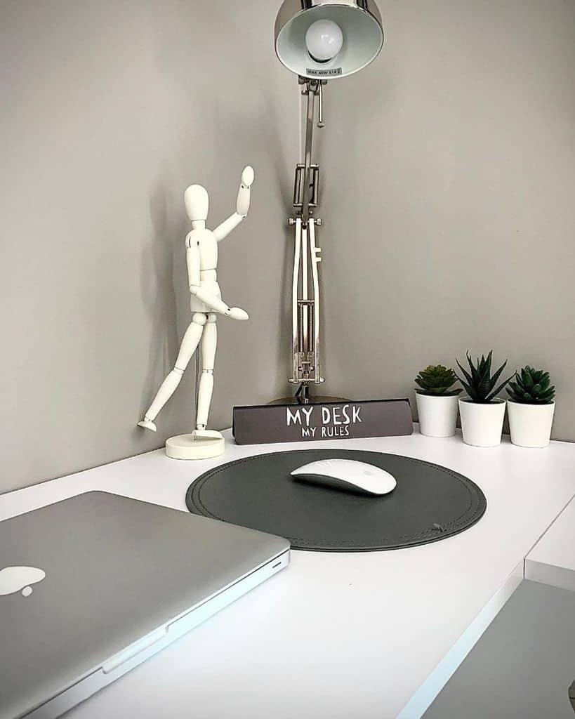 laptop desk setup ideas casaclarkehome