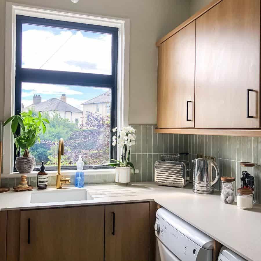 large kitchen window ideas theweehouserenovation