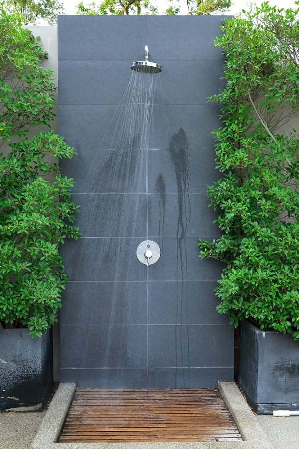 Custom Outdoor Shower Ideas
