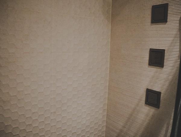 Las Vegas Nevada 2019 New American Remodel Guest Shower Interior Design Tile