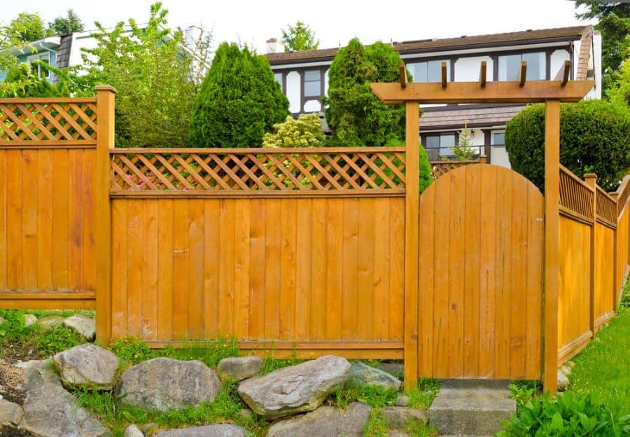 Lattice Wood Fence Ideas (5)