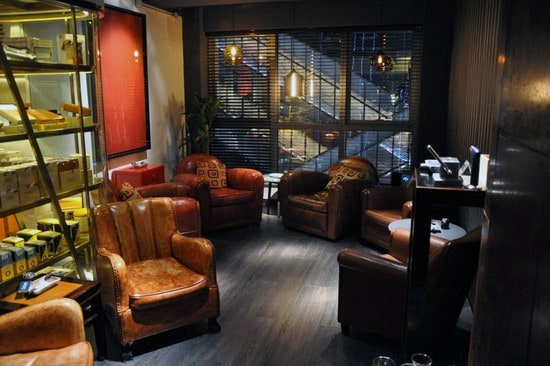 Leather Seating Cigar Room Cool Man Cave Ideas