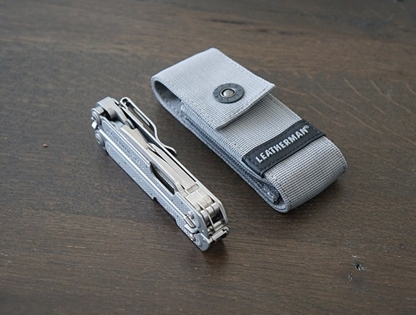 Leatherman Free P2 With Multi Tool Storage Case