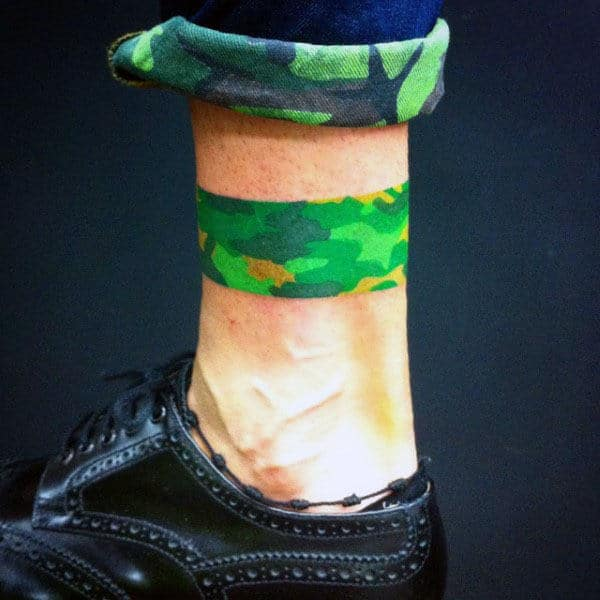 Leg Band Camo Male Tattoo Design