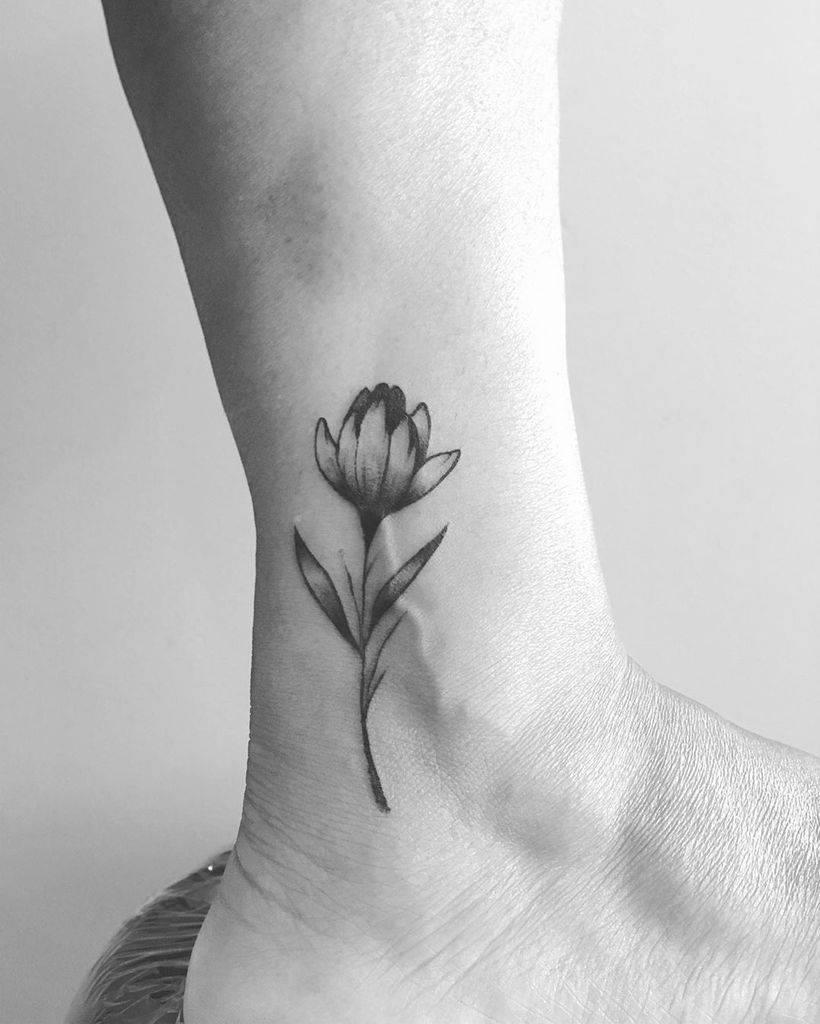 Leg Tulip Tattoo
