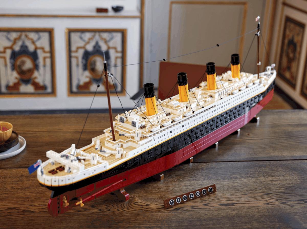 Lego-Titanic-3