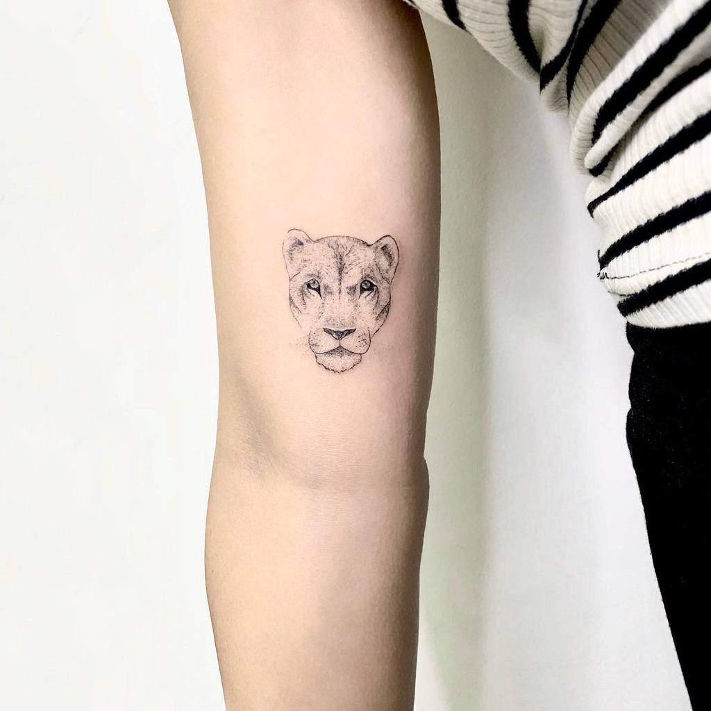 leo-single-needle-tattoo-rdtelaviv