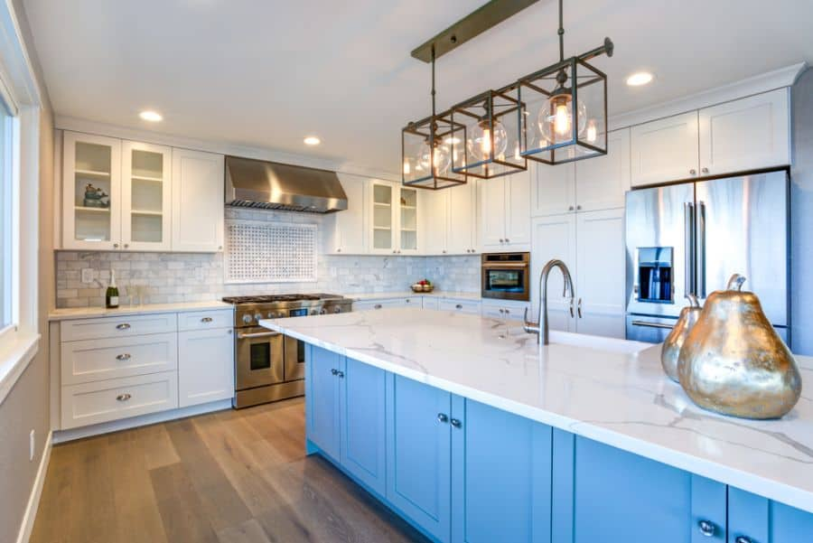 Light Fixtures Modern Farmhouse Kitchen 4