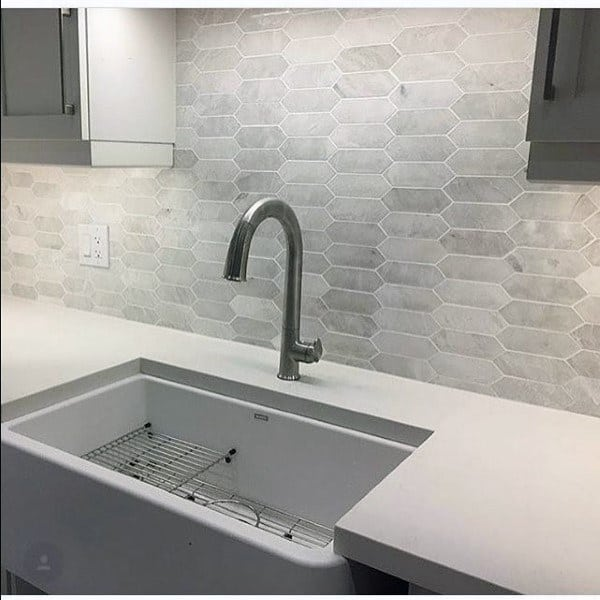 Light Grey And White Pattern Kitchen Backsplash Design Ideas