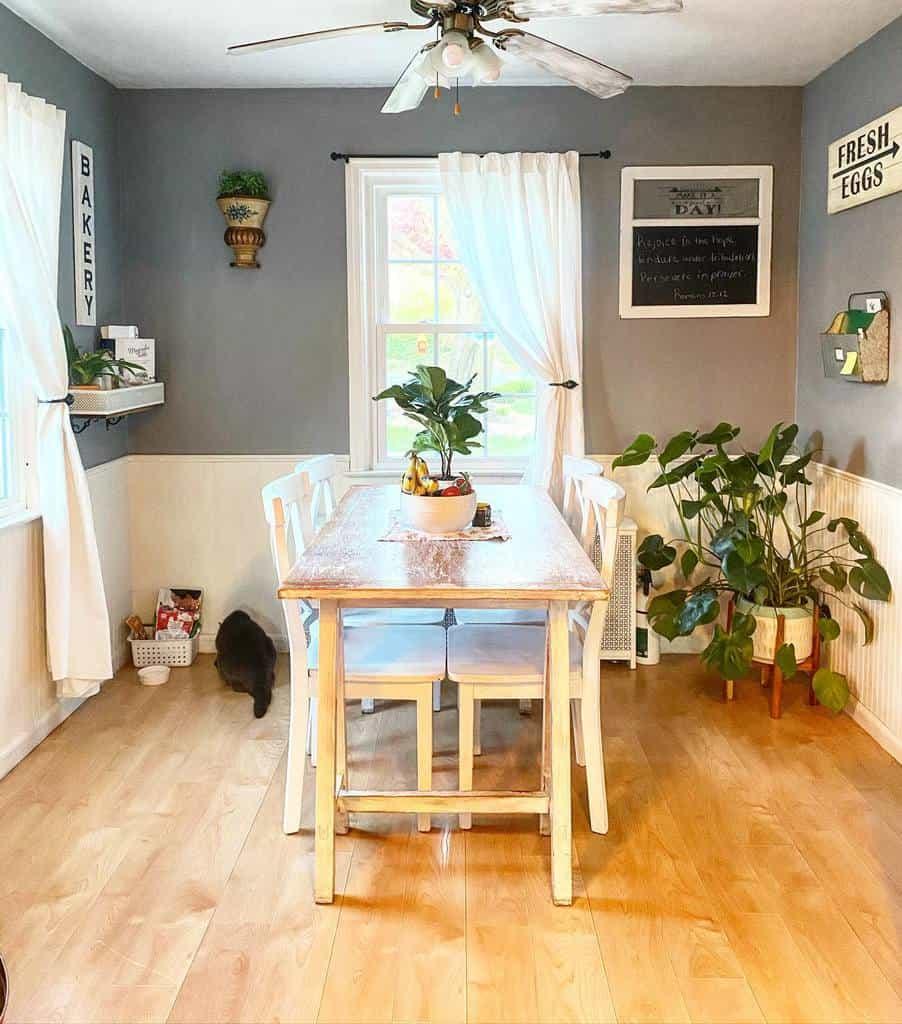 lightning dining room ideas ourlittlewhitecottage