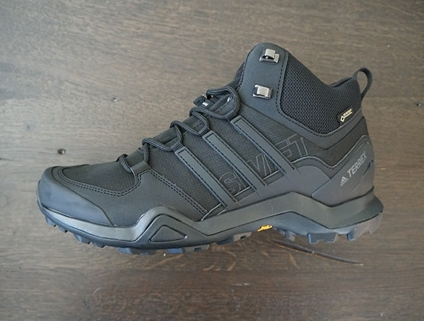 Lightweight Mens Hiking Shoe Adidas Terrex Swift R2 Mid Gtx