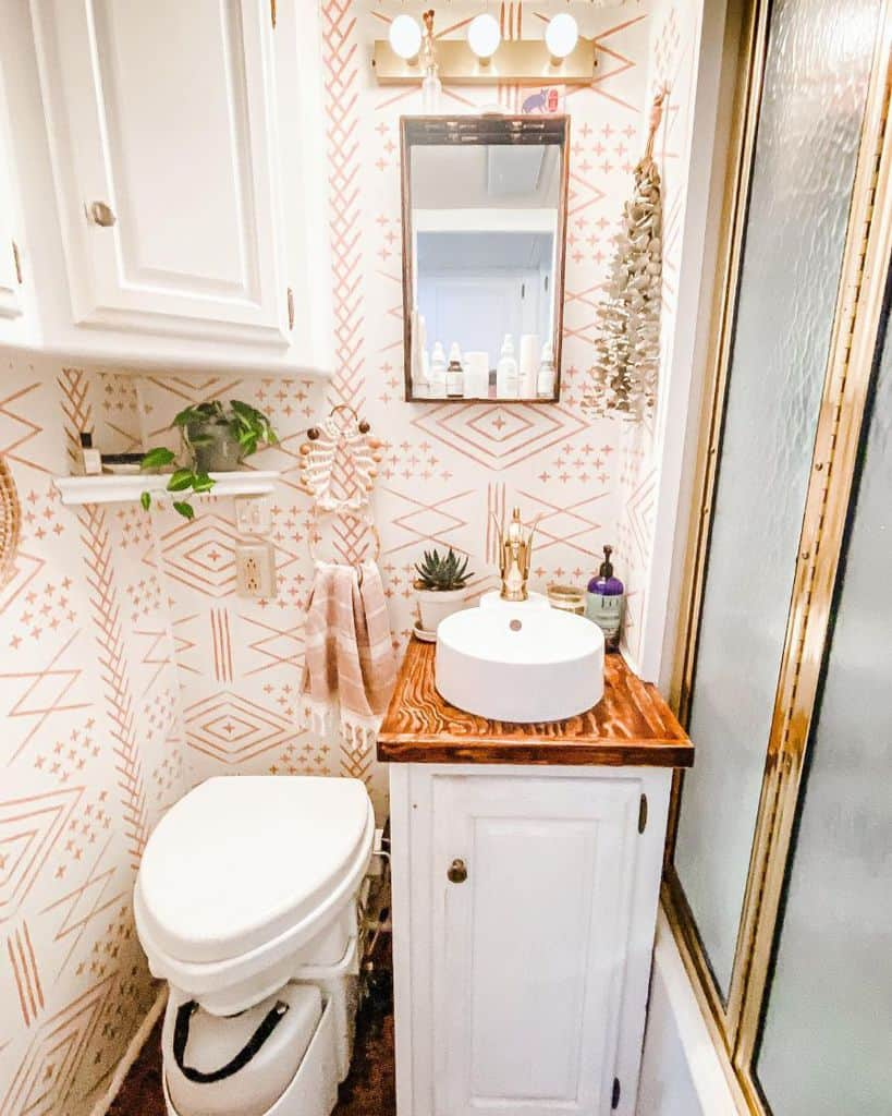 Lines And Shapes Bathroom Wallpaper Ideas The Ramblr Rv
