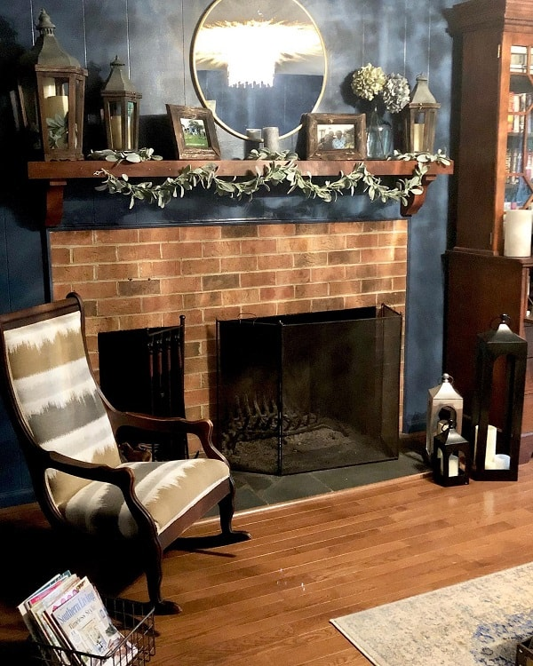 Living Room Mantel Decor Ideas Champagneandsweettea