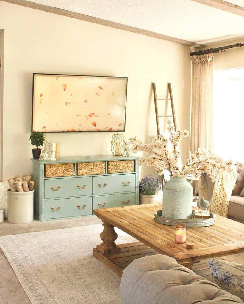Living Room Or Sitting Room French Country Decor
