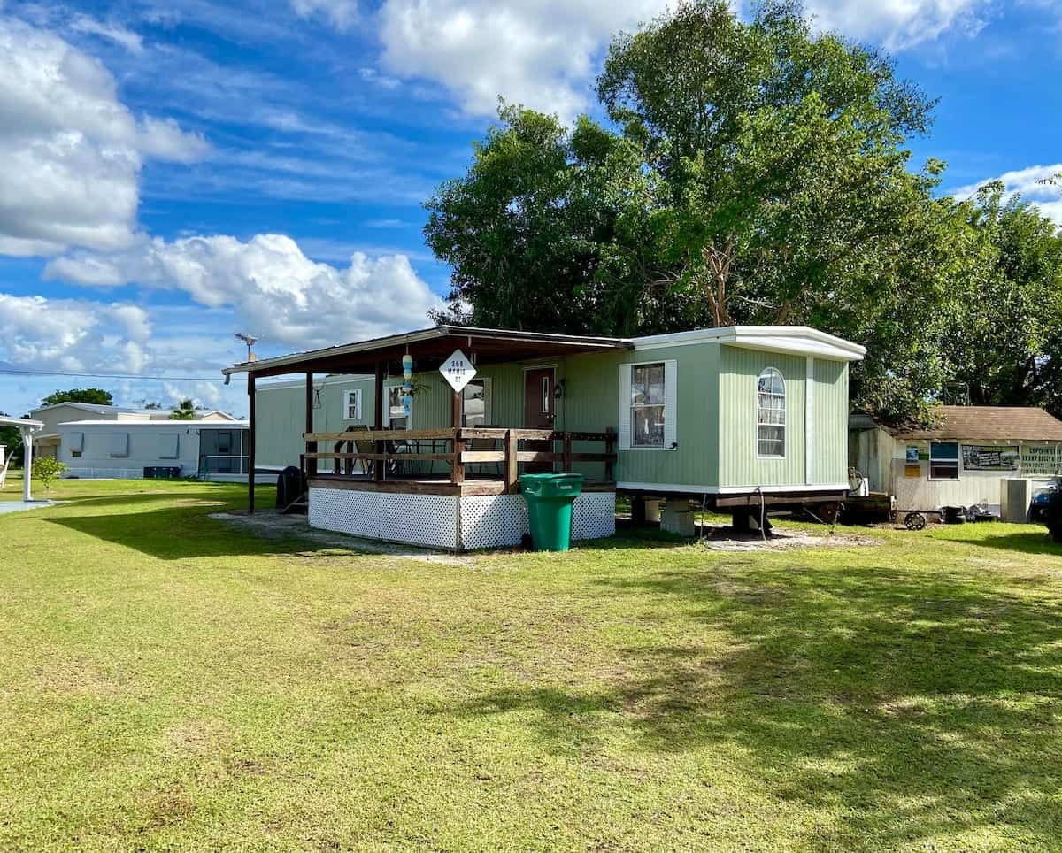 log-cabin-rentals-10
