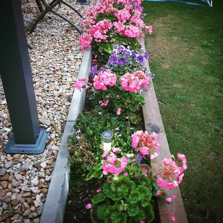 long flower bed ideas thedayshome