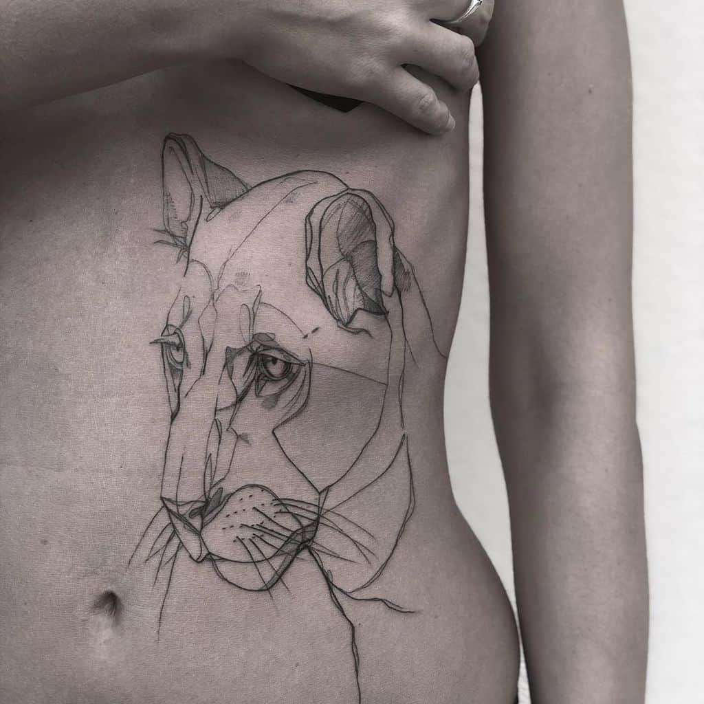 Lovely Graphic Lion Ink Tattoo