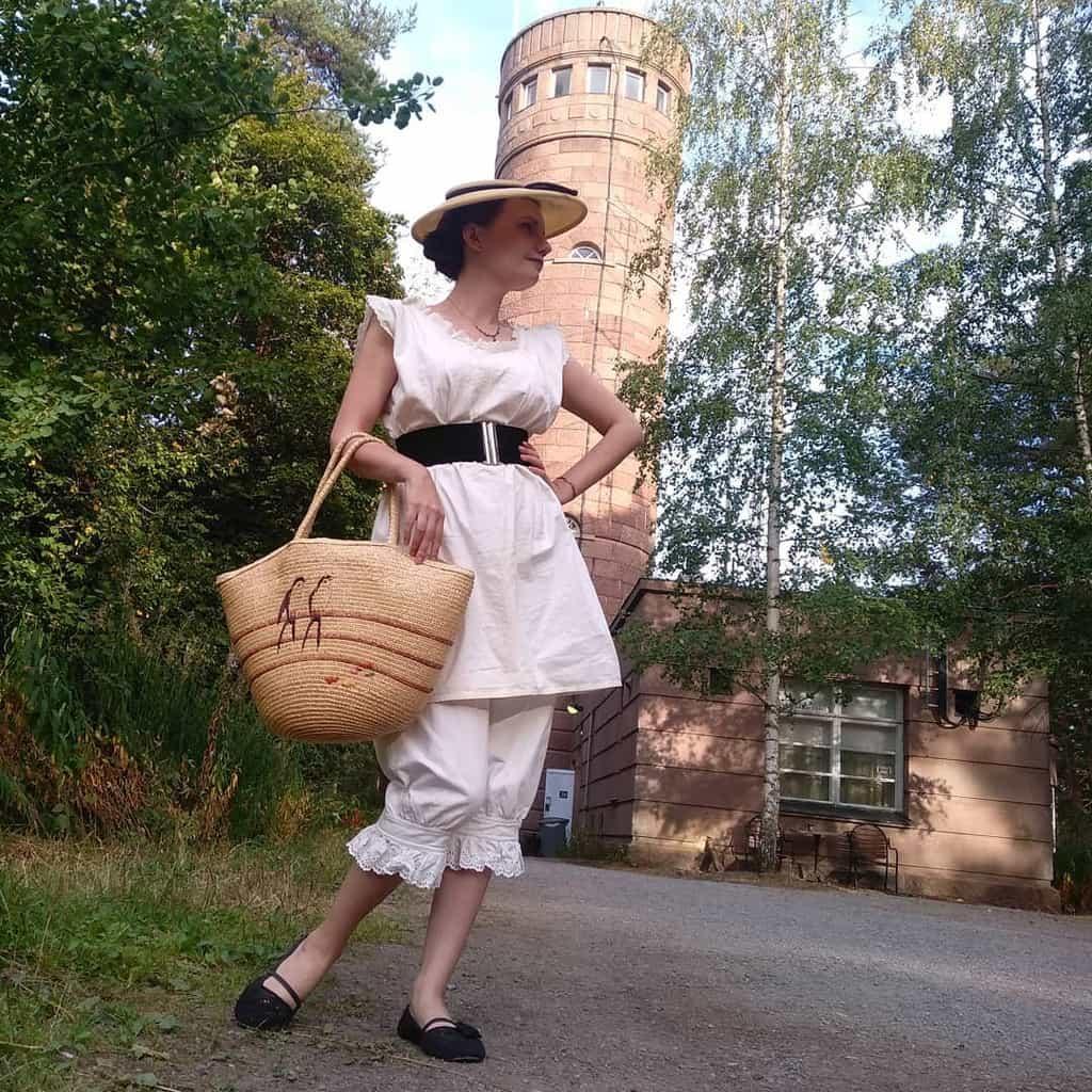 Lovely Vintage White Victorian Dress