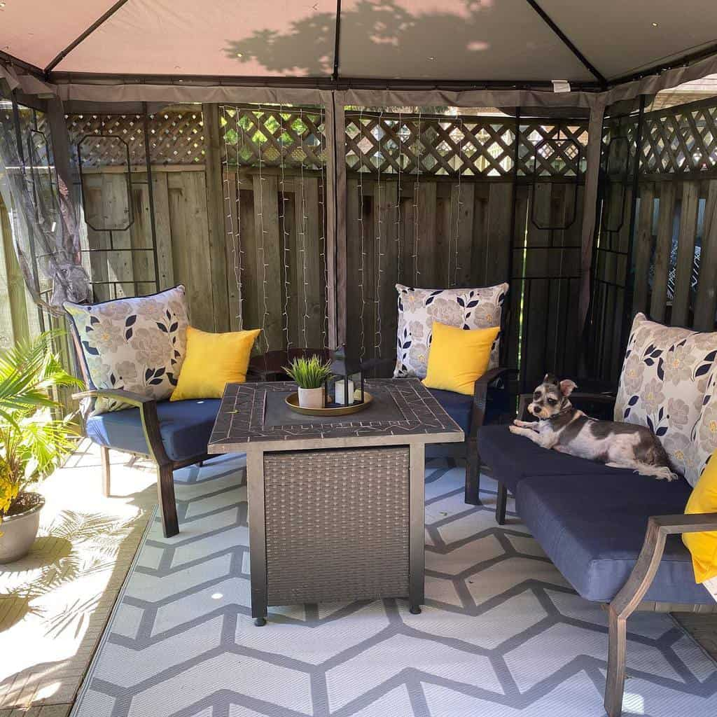 low cost small backyard patio ideas inside_number_14