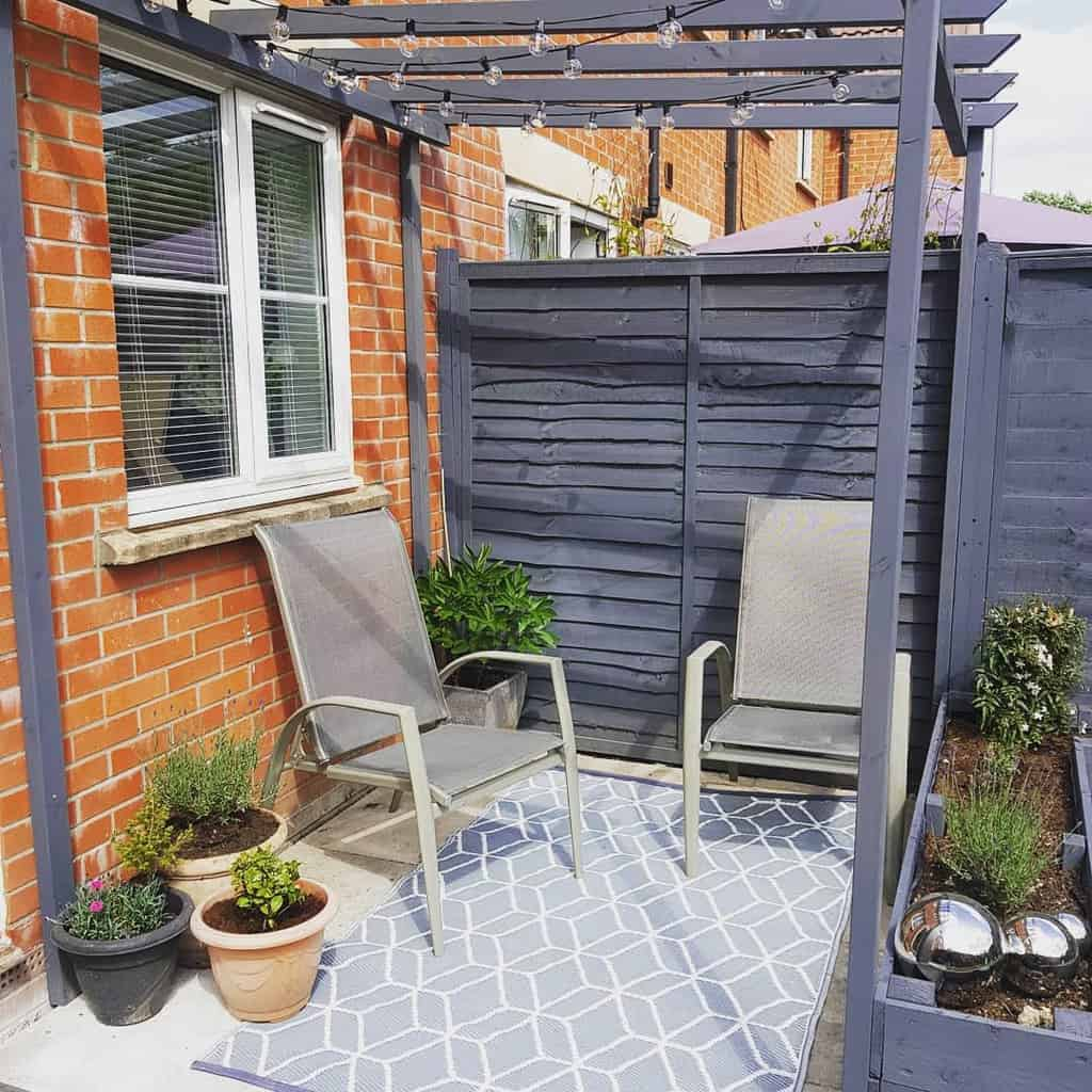 low cost small backyard patio ideas thepinkfrontdoor