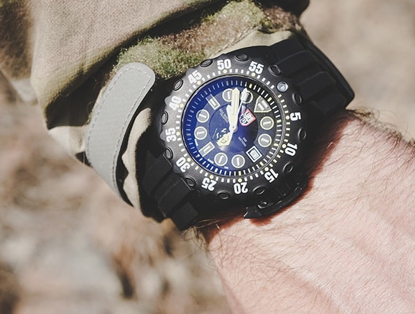 Luminox Scott Cassell Deep Dive Special Edition Sea Wolves Numbered Mens Watch Review