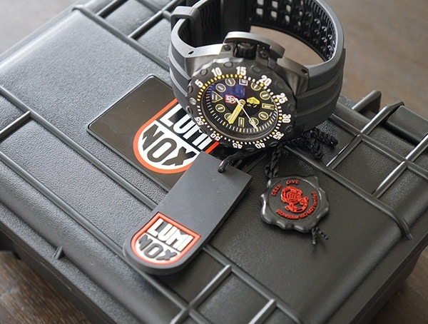 Luminox Scott Cassell Deep Dive Special Edition Watch With Box