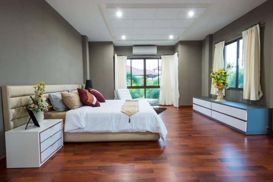 Luxury Dark Color Bedroom Paint Colors 15