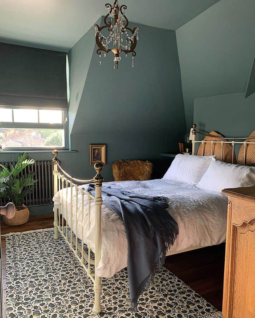 Luxury Dark Color Bedroom Paint Colors Geekvintique