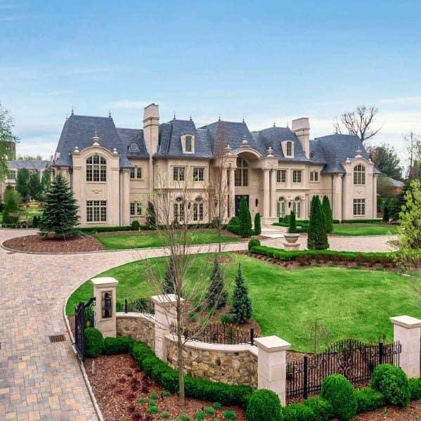 Luxury Driveway Landscaping Ideas