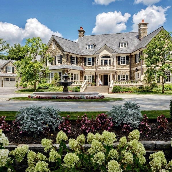 Luxury Driveway Landscaping