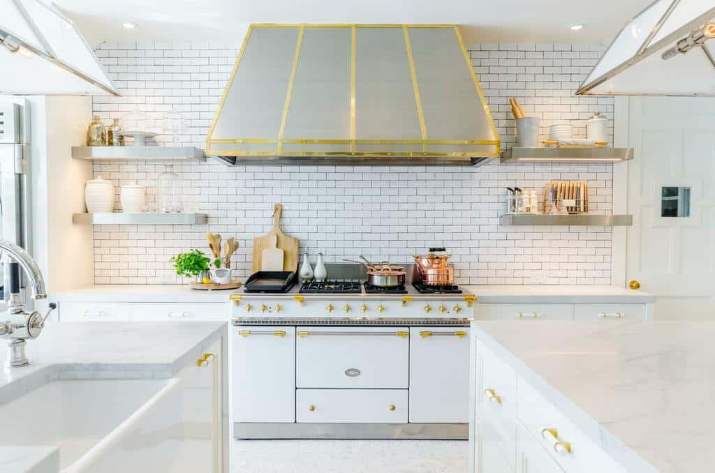 luxury farmhouse kitchen ideas 7