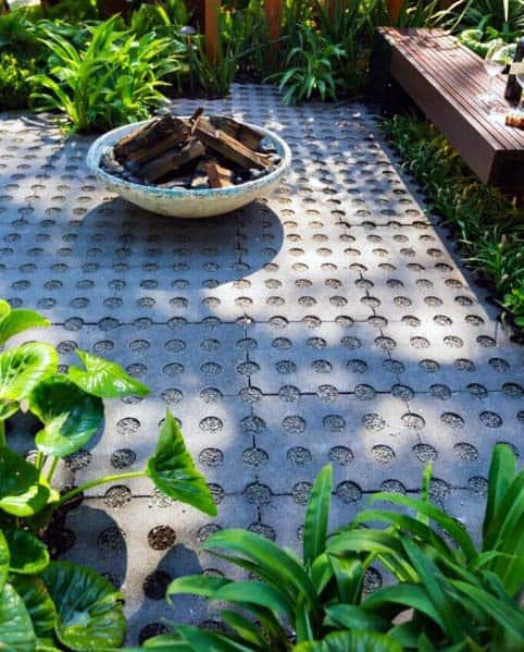 Luxury Fire Pit Landscaping