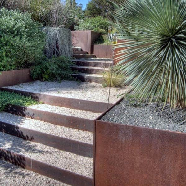 Luxury Gravel Landscaping Steel Retaining Wall