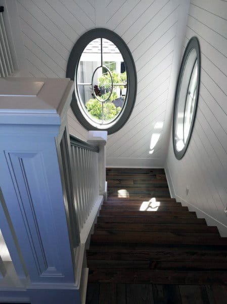 Magnificent Staircase Shiplap Wall Design Ideas