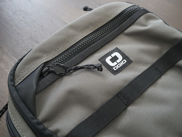 Main Exterior Front Zipper Ogio Alpha Convoy 525 Backpack Pocket