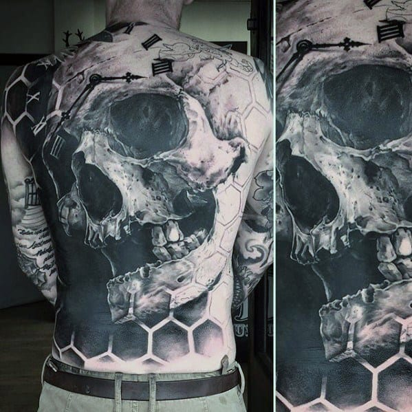 Male 3d Realistic Skull With Honeycomb Pattern Awesome Back Tattoo Ideas